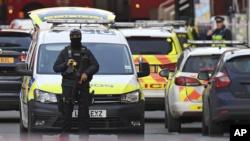 Policía de Londres mata a un hombre tras ataque a puñaladas 3