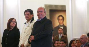 Presidenta interina de Bolivia posesiona a nuevo gabinete 12