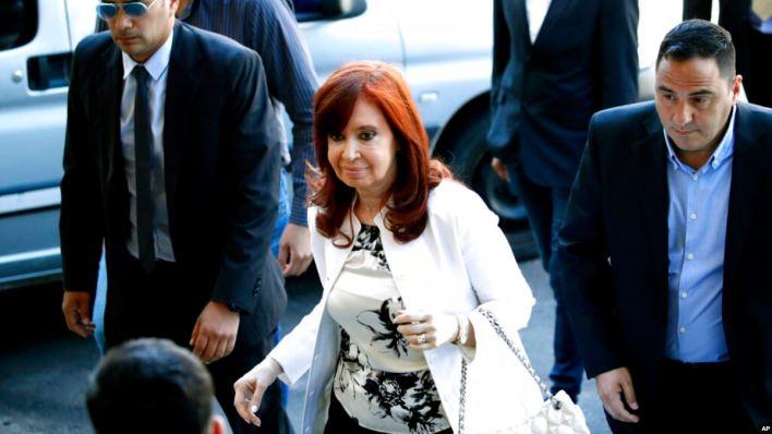 Argentina: Fernández de Kirchner se defiende en primer juicio 2
