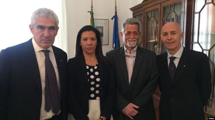 Diputados venezolanos opositores son recibidos en Italia 4