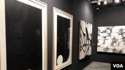Algunas piezas del artista Darío Escobar en Art Basel 2019 (Foto: Antoni Belchi)