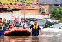 Al menos 9 muertos por inundaciones en Indonesia 9
