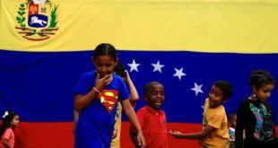 Analistas: El llamado de EE.UU. a negociar en Venezuela aleja la idea de una intervención 13