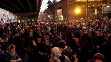 Iraníes exigen la renuncia del ayatollah Khamenei, Trump los apoya 2