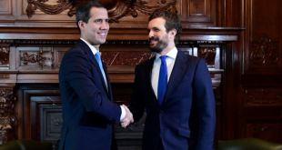 Líder español de la oposición pide el cese de Ábalos por reunión con Delcy Rodríguez 15