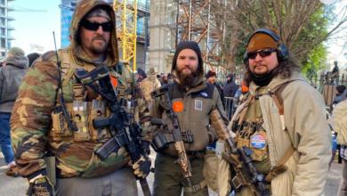 Miles se manifiestan en Virginia por el derecho a poseer armas 3