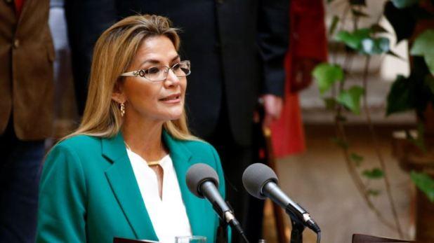 Ministros bolivianos abren la puerta a una candidatura de la presidenta Áñez 1