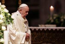 Photo of Papa destituye al cura argentino Yannuzzi por abuso sexual