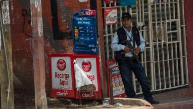 """""""No es tiempo de sanciones, es tiempo de ayuda"""", experto sobre impacto del COVID-19 en Venezuela 5"""