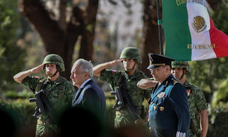 México López Obrador envía a militares a las calles para combatir creciente ola de violencia