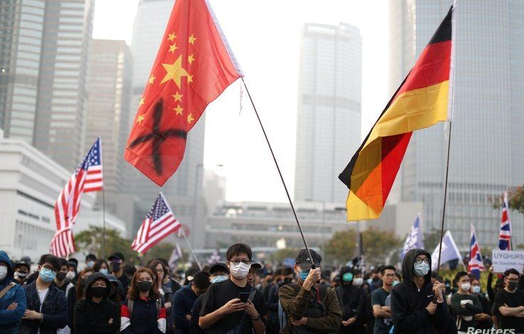 China amenaza con represalias contra EE.UU. sobre Hong Kong 1