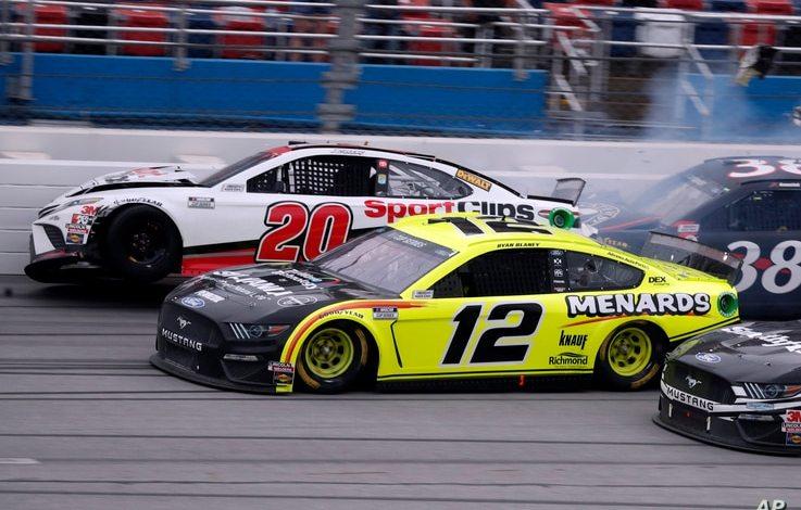 FBI investiga hallazgo de nudo de horca en garaje de piloto de NASCAR 1