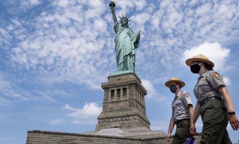 Estatua de La Libertad reabre sus puertas pero apenas recibe visitantes 1
