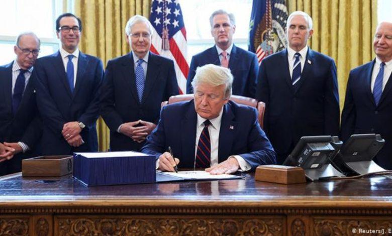 Trump extiende programa de préstamos a pequeñas empresas por 5 semanas más por la pandemia 1