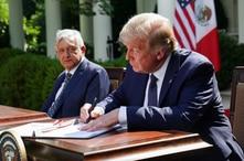 Trump firma decreto para fomentar la prosperidad de los latinos 1