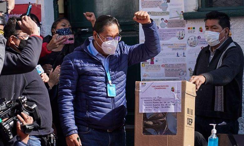 Observadores de la OEA aseguran que elecciones en Bolivia fueron transparentes 1