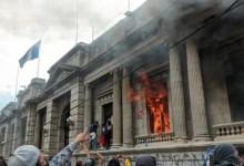 Photo of Congreso de Guatemala suspendió aprobación de presupuesto 2021 tras protestas