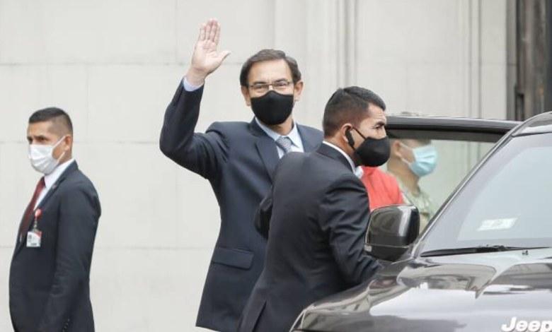"""Congreso de Perú destituye al presidente Vizcarra por """"incapacidad moral"""" 1"""