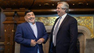 Gobierno argentino decreta 3 días de duelo en honor a Maradona 4