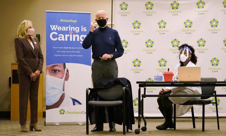 Presidente electo Joe Biden recibió vacuna contra el coronavirus 1