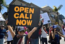 California pone fin a cuarentena estricta y permite reapertura de negocios 11