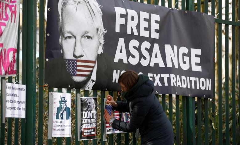 Justicia británica rechaza extradición de Julian Assange por riesgo de suicidio 1