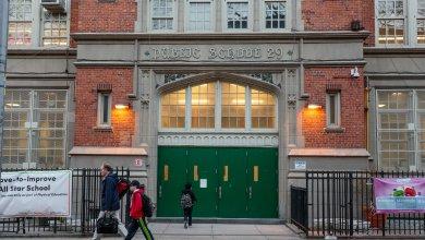 Alcalde de Nueva York anuncia que escuelas públicas reabrirán en setiembre 4