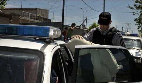 policialdetenido