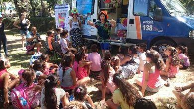 Photo of Libros en movimiento:La Bibliomóvil municipal inicia su recorrido 2016