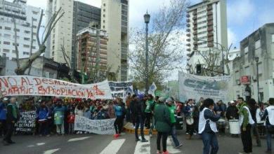 Photo of Provincia: Los estatales se movilizan frente a la Gobernación