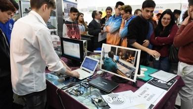 Photo of Día de la industria: Alumnos expusieron proyectos innovadores en el polo productivo de Morón