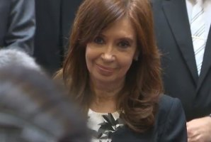 Photo of Cristina Kirchner: » Nuestra lista fue construida respetando la paridad de género»