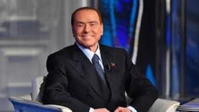 Photo of El Ministro Italiano Silvio Berlusconi afirma que ganará las elecciones
