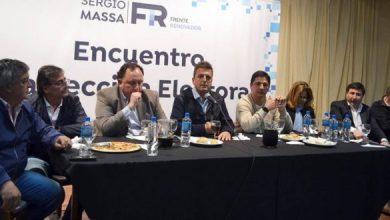 """Photo of Massa encabezó un plenario en Morón y pidió salir de la discusión """"violenta"""" de las """"minorías"""""""