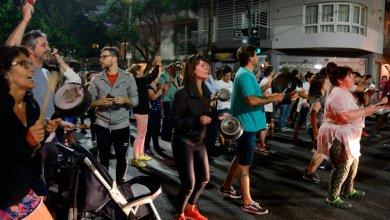 Photo of Protestas contra la caída de salarios y  tarifazos  en la Ciudad