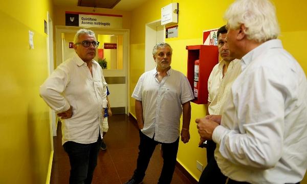 Julio Zamora supervisó la atención del Hospital Oftalmológico de Tigre