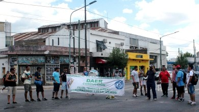 Photo of Lomas del Mirador: sigue el conflicto en la fábrica El Orden por deudas salariales