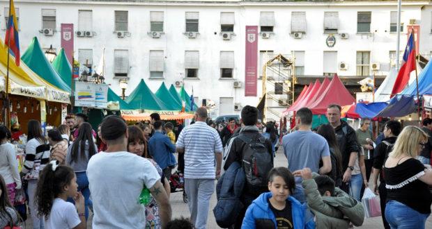 Feria de las Colectividades en Morón