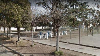 Photo of Sigue la violencia: Asesinaron a un joven en una plaza en Castillo