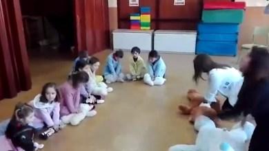 Photo of Video viral: Un jardín de infantes español enseña RCP con una canción de cuna
