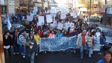 """Photo of """"Hoy el 100 por ciento de los maestros en Buenos Aires son pobres"""""""