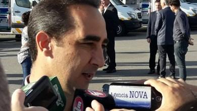 Photo of El intendente de Morón convocó al violento de Salinas y lo echó por amenazar con tiros a Llaneza y a sus hijos