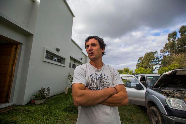 Ataron y golpearon a una familia en Arturo Seguí en un asalto a mano armada