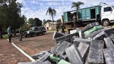 Photo of Gendarmería detuvo un camión que llevaba marihuana