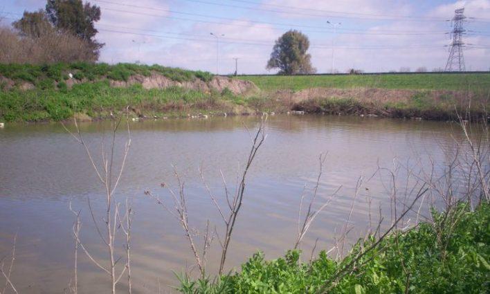Hurlingham: hallan un cuerpo en el arroyo Soto