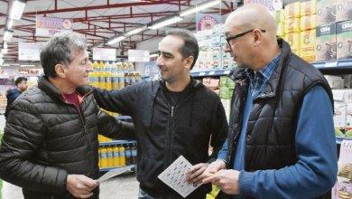 Photo of Morón lanzó una app para comprar productos a bajo precio
