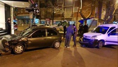 Photo of Choque en pleno microcentro: un conductor estaba borracho