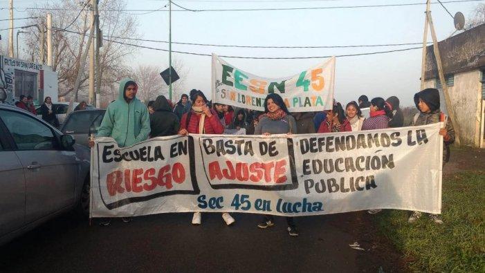 La Plata: las escuelas rotas de Vidal y el reclamo de los pibes