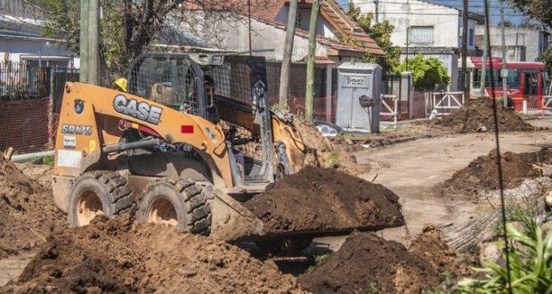 Tagliaferro recorrió el Barrio Gaona: «Están iniciadas las obras para que Morón tenga el 100% de cloacas»