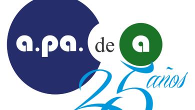 """Photo of APAdeA entregó la certificación """"Bienvenidos TEAcepto"""" a Farmacity"""